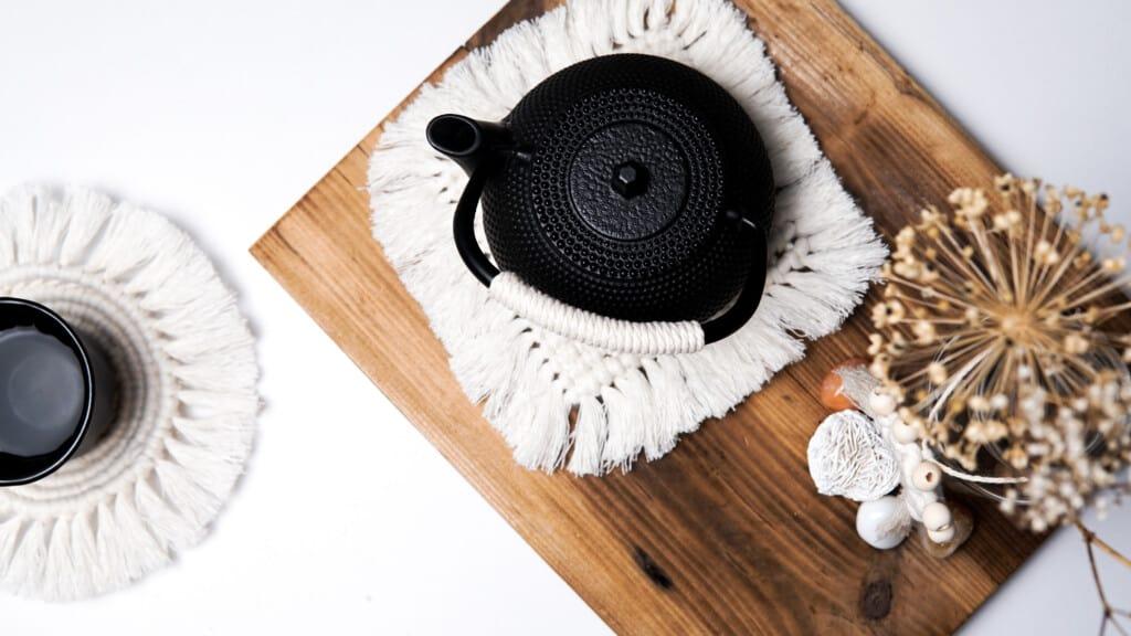 Die schoensten Makramee Untersetzer mit Teekanne